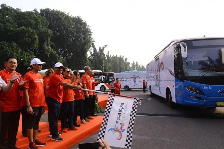 100 Bus Wonderful Indonesia Akan Ramaikan Jalanan Saat Asian Games 2018