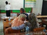 Gambar sampul Small Learning Community Perdana, MI Al Wathoniyah Indramayu Memulai dengan Cinta