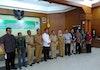 LPPM UNDAR serahkan Policy Brief Peningkatan Program KKBPK melalui Kampung KB di Kabupaten Jombang