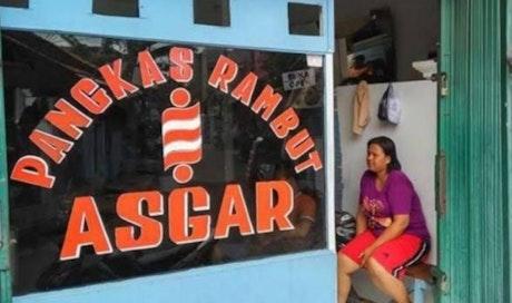 Sepak Terjang Perjalanan Cukur Rambut Asgar