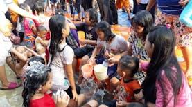 Mensucikan Diri Sambut Ramadan Sekaligus Melestarikan Tradisi Lokal di Tangerang