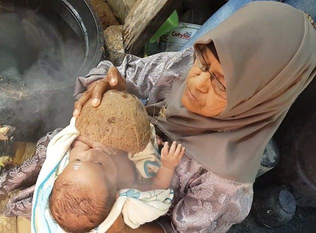 Gambar sampul Dari Minangkabau hingga Lombok, Ini 3 Tradisi Kelahiran Bayi yang Ada di Indonesia