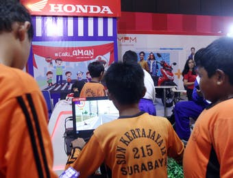 Yuk Belajar Safety Riding lewat Simulasi Honda Riding Trainer!