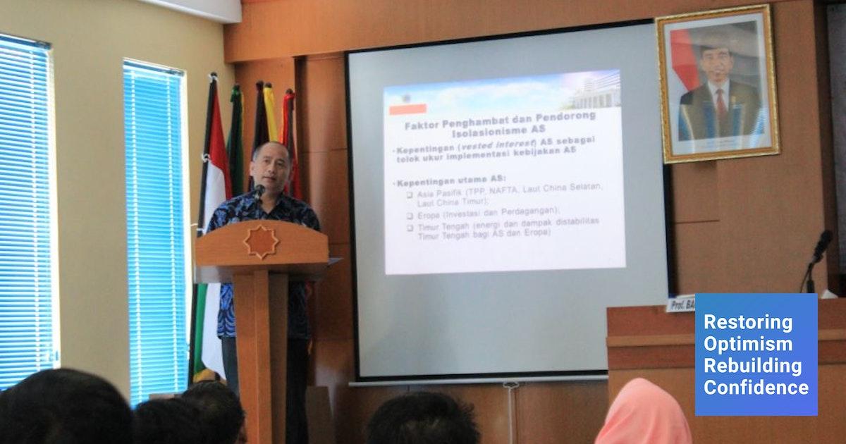 Leonard Hutabarat Berbicara Mengenai Masa Depan Indonesia