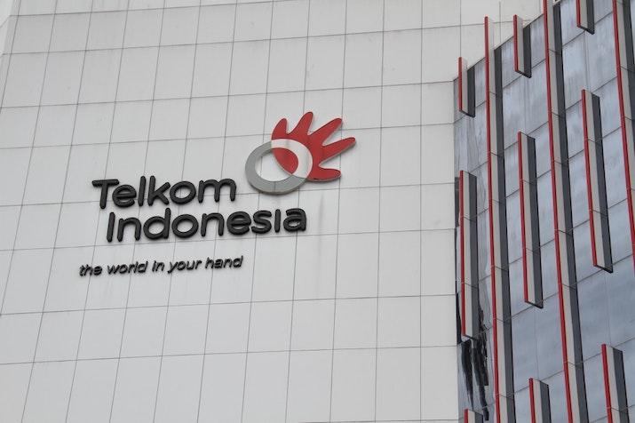 PT Telkom Masuk 50 Besar World's  Best Employer 2017. Selamat!