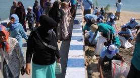Aksi Bersih Pantai Kembali Digelar di Pamekasan, Kali Ini Dalam Rangka WCD
