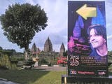 "Gambar sampul Candi Prambanan Jadi Venue Konser Orkestra ""Yanni 25 Acropolis"""