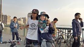 Hakam dan Islamiyah, Bersepeda Keliling Dunia Membawa Pesan Perdamaian