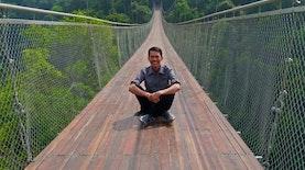Mengeksplor Jembatan Situgunung Yang Hits Di Medsos