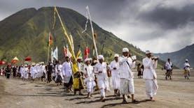 Mengenal Berbagai Bentuk Rasa Syukur Suku Tengger dalam Upacara Kasada