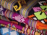 Gambar sampul Tak Hanya Batik, Inilah Jenis Kain Tradisional Asli Indonesia yang Mendunia