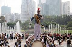 Kirab Budaya KRI Bima Suci Pukau Warga Malaysia