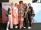 Gambar sampul Eloknya Wardah di New York Fashion Week 2019