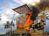 "Gambar sampul Museum Kematian di Surabaya: ""Kematian Bukanlah Akhir.."""