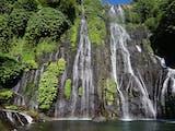 Gambar sampul Segarnya Air Terjun Kembar Banyumala, Bali