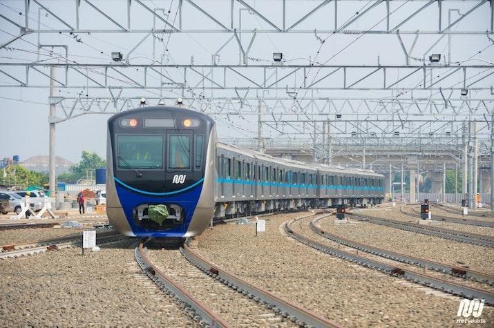 Harga Tiket MRT Jakarta Mulai Normal, Ini Daftar Lengkap Tarifnya!