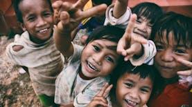 Di Antara Negara-negara Lain, Anak Muda Indonesia Paling Peduli Sesama. Siapa Sangka?