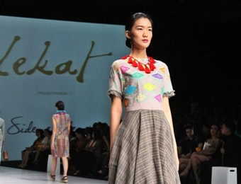 Kisah Kain Tenun Baduy dalam Film Dokumenter di London Fashion Week