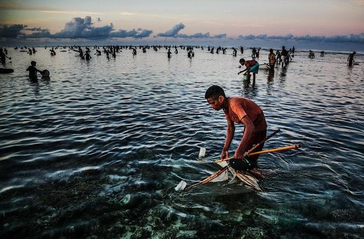 Festival Unik Asli Lombok, Beramai-ramai Mencari Nyale di Lautan