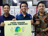 Gambar sampul Bantu Nelayan, Mahasiswa ITS Ciptakan Pendingin Ikan Tenaga Surya