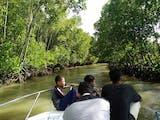 Gambar sampul Menitip Asa di Hutan Mangrove Tongke-Tongke