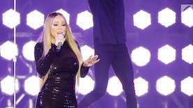 Ketika Mariah Carey Minta Blangkon