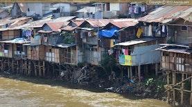 Pemukiman Kumuh di Surabaya, Siapa yang Salah?