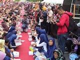 Gambar sampul 3.000 Warga Makan Nasi Lengko, Kota Cirebon Pecahkan Rekor Indonesia
