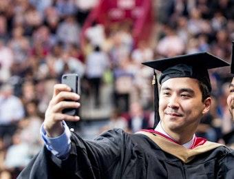 Beragam Jurusan Kuliah untuk Kerja di E-Commerce Indonesia
