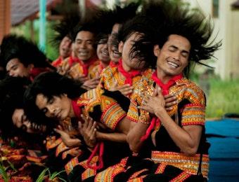 Tari Saman : Keberagaman Warna-Warni Budaya Indonesia dalam Keseragaman