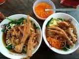 7 Wisata Kuliner Mie Ayam Enak di Jogja yang Super Mantul!