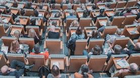 Ekonomi Kreatif: Bentuk Kepuasan Masyarakat Terhadap Inovasi Masa Kini