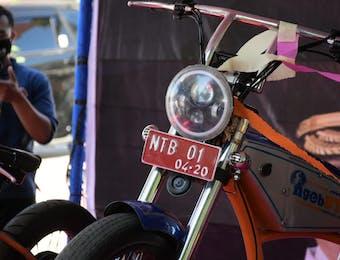 Merakit Sepeda Bermotor Listrik, Kemampuan Muda-Mudi NTB yang Jarang Terekspos