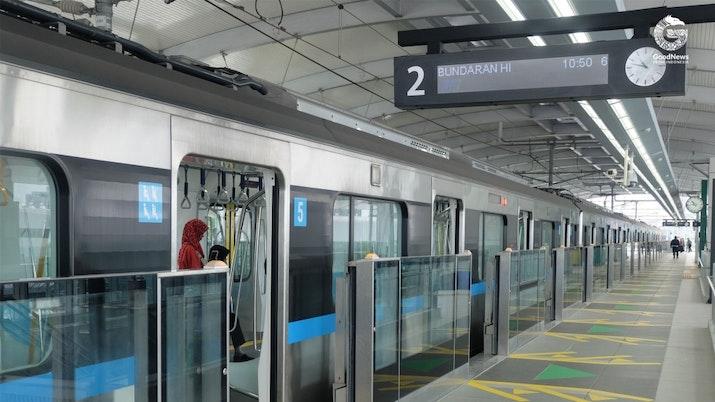 MRT yang Mewah dan Jakarta yang Cerah
