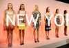 Foto Jokowi dan Susi Jadi Sorotan di New York Fashion Week!