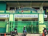 Gambar sampul Sebuah Sekolah di Semarang Sudah Berkawan Akrab dengan Fintech