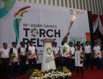Obor Asian Games XVIII Siap Dibawa ke Malam Puncak Pembukaan