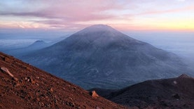 Mengintip Pesona Gunung Merbabu, Primadona dari Jawa Tengah