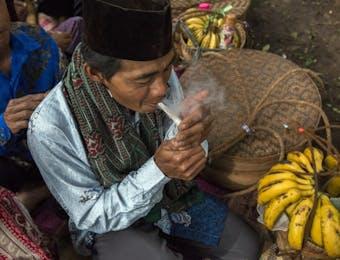 Umur Panjang Rokok Kretek di Pulau Jawa