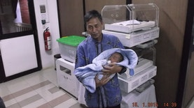 Misi Kemanusiaan Sang Penemu Mutakhir Inkubator Gratis