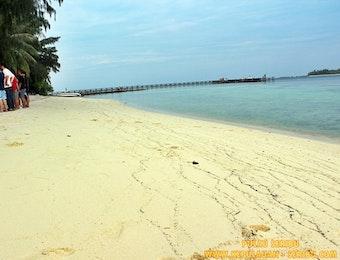 Pulau Seribu Merupakan Liburan Pantai Pasir Putih Dan Terumbukarang