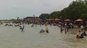 Pantai Panceng Pariwisata Penggerak Ekonomi Desa