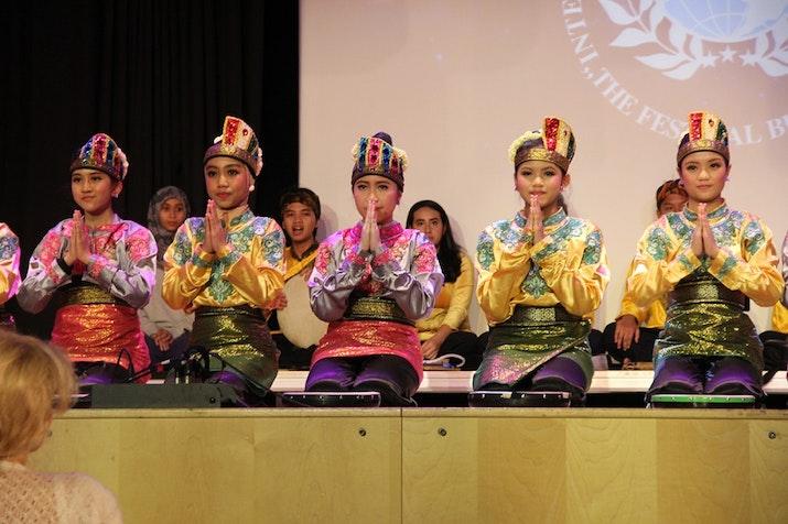 Wow! Grup Danadyaksa Budaya Meraih Dua Penghargaan di Ajang Festival Folklore Bergengsi Dunia
