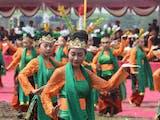 Gambar sampul Mengorek Mayang Rontek, Tarian Khas Mojokerto Jawa Timur