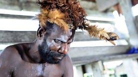 Belajar  Menghargai Alam dari Pakaian Adat Suku Asmat