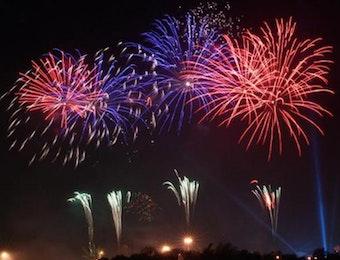 Pesta Kembang Api khas Malam Takbiran di Lombok