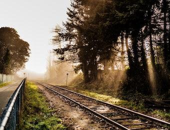 Konsorsium Indonesia Akan Bangun Jalur KA 400 km Dari Laos ke Vietnam