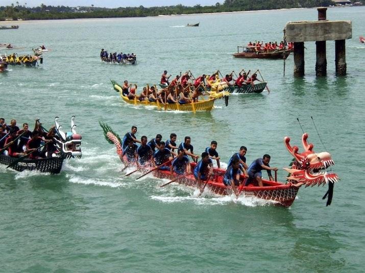 Tim Perahu Naga Indonesia Meraih Juara Umum di China