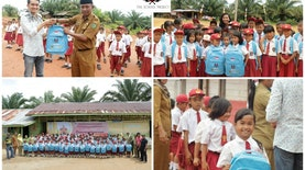 Keceriaan Anak-Anak Sekolah Dasar di Desa Sikara-kara menerima bantuan perlengkapan sekolah dari The School Projects