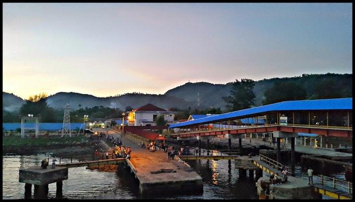 Pembangunan dan Revitalisasi Pelabuhan di Titik Barat Indonesia.